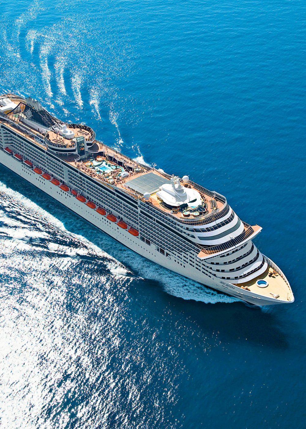 5d9e6bdda410729f04e67cb9_cruise-ship-wallpaper-background-62621-64594-hd-wallpapers